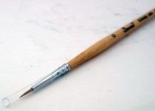 Колонок круглая короткая ручка пропитанная лаком №00
