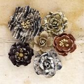 Цветы бумажные Roses  d 3,8-6,3 см уп. 6шт
