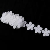 Тесьма цветы d4см 0,5ярд