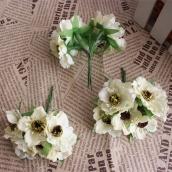 Цветы из ткани d 4,5см шампань 6шт