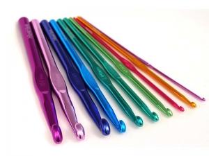 Крючки цветные металлические (2,5)