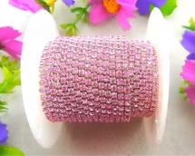 Стразовая лента на серебре 2мм цв.св. розовый 1 ярд