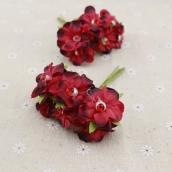 Цветы из ткани с жемчужиной  3см цв.красный