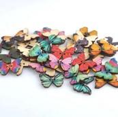 Бабочки разноцвеные деревянные 21*17мм