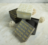 """Коробочка подарочная под браслет/часы """"Курсив"""", 9*9 (размер полезной части 8,5х8,5см), цвет МИКС"""
